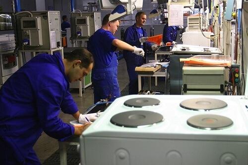 l43-fabbrica-lavoro-110802111039_big